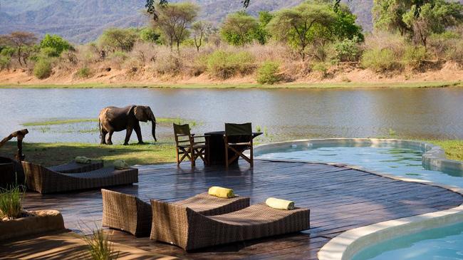ザンビアの絶景プール
