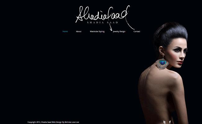 Wixで作成された美しいアクセサリー&小物ホームページ